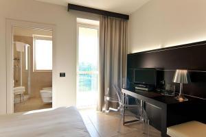 Hotel Fiera Milano, Отели  Ро - big - 14