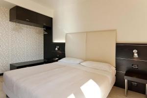 Hotel Fiera Milano, Отели  Ро - big - 11