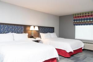Hampton Inn & Suites Xenia Dayton, Hotels  Xenia - big - 2