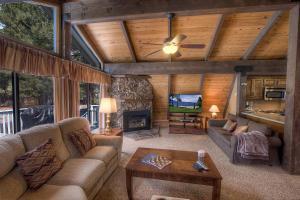 Gambrel Home, Prázdninové domy  South Lake Tahoe - big - 10