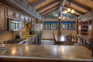 Gambrel Home, Prázdninové domy  South Lake Tahoe - big - 8