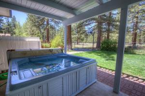 Gambrel Home, Prázdninové domy  South Lake Tahoe - big - 7
