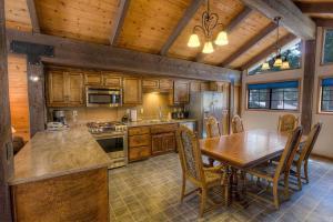 Gambrel Home, Prázdninové domy  South Lake Tahoe - big - 21