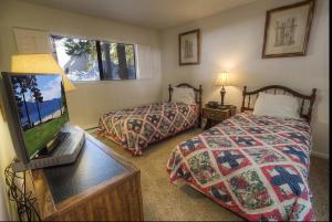 Sunny Mountain Shadow Condo, Appartamenti  Incline Village - big - 10