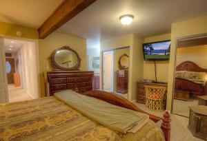 Sunny Mountain Shadow Condo, Appartamenti  Incline Village - big - 35