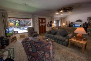Los Angeles Avenue Holiday home, Prázdninové domy  South Lake Tahoe - big - 35