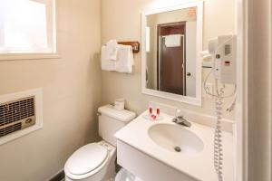 Econo Lodge Inn & Suites, Hotely  South Lake Tahoe - big - 4