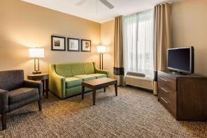Comfort Suites Maingate East, Hotels  Orlando - big - 26
