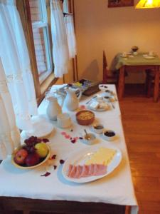 Hosteria Lekun Lekun, Penziony – hostince  Villa La Angostura - big - 62