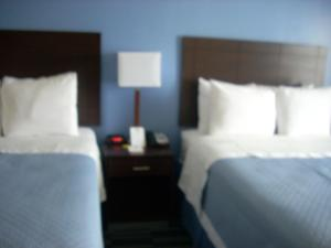 Deluxe Double Room with Two Double Beds - Disability Access/Non-Smoking