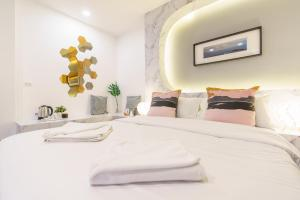 Private Double Room with Balcony