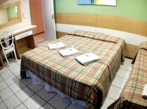 Standard Triple Room with 1 Double Bed and 1 Single Bed