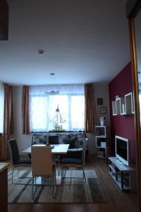 TES Flora Apartments, Apartments  Borovets - big - 9