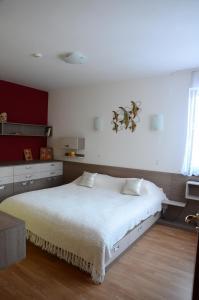 TES Flora Apartments, Apartments  Borovets - big - 74