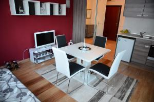 TES Flora Apartments, Apartments  Borovets - big - 20