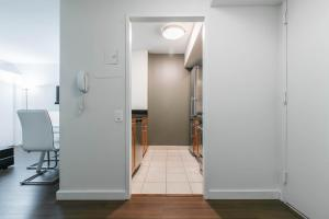 Luxury 2 Bedrooms Apartment Murray Hill, Apartmány  New York - big - 95