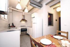 Two-Bedroom Apartment - Camprodón