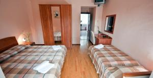 Villa Marjela, Отели типа «постель и завтрак»  Сплит - big - 12