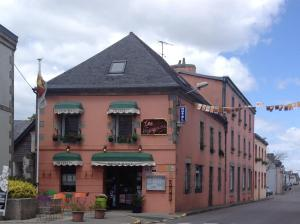 Hôtel Restaurant des Voyageurs, Hotely  Plonéour-Lanvern - big - 1