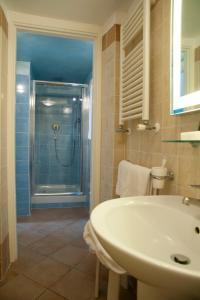 Alle Tamerici Hotel, Hotely  Ladispoli - big - 63