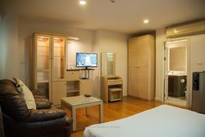 Superior Studio with Bath