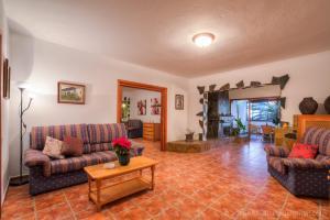 Apartamentos Villa María, Apartmány  Los Llanos de Aridane - big - 66