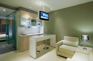 One-Bedroom Apartment (1 - 2 Adults)