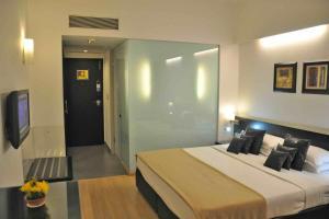 Comfort Inn Sunset, Hotels  Ahmedabad - big - 54