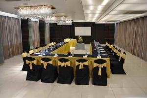 Comfort Inn Sunset, Hotels  Ahmedabad - big - 53