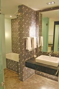 Comfort Inn Sunset, Hotels  Ahmedabad - big - 2