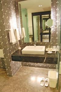 Comfort Inn Sunset, Hotels  Ahmedabad - big - 9