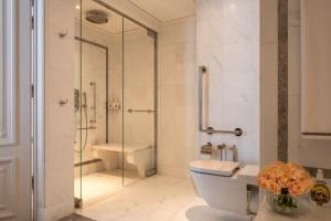 Premier King Room with Swimming Pool & Spa Access