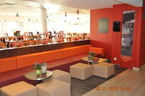 ibis Istres Trigance, Hotely  Istres - big - 37