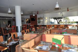 ibis Istres Trigance, Hotely  Istres - big - 38