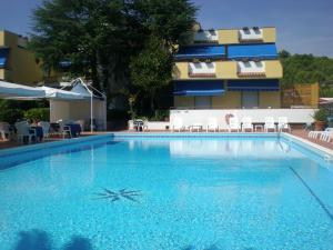 Hotel Seven Residence - AbcAlberghi.com