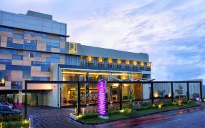 Quest Hotel Semarang, Отели  Семаранг - big - 1