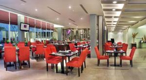 Quest Hotel Semarang, Отели  Семаранг - big - 20