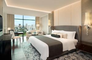 Grand Deluxe Room, Guest room, 1 King, Park View view
