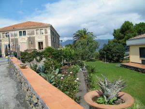 Etna Wine Azienda Agrituristica