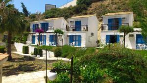 Hylatio Tourist Village, Апарт-отели  Писсури - big - 31