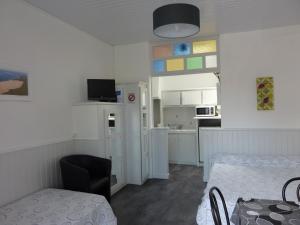 Hôtel-Résidence Le Grillon, Aparthotely  Arcachon - big - 52