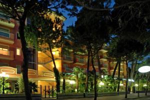 Hotel Globus, Szállodák  Milano Marittima - big - 37