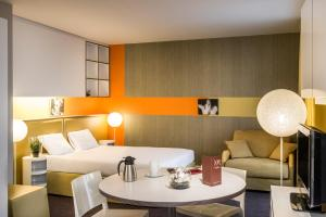 Superior Apartment with 1 Double Bed and Sofa (2 Adults)