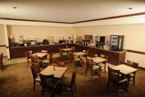 Country Inn & Suites by Radisson, Concord (Kannapolis), NC, Hotely  Concord - big - 22
