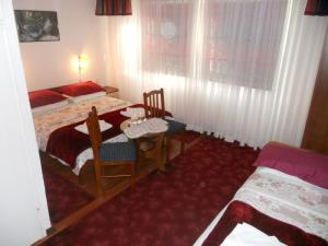 Bed & Breakfast Dada House, Bed & Breakfasts  Jezerce - big - 57