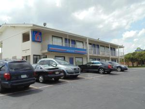 Motel 6 Denton, Motely  Denton - big - 1