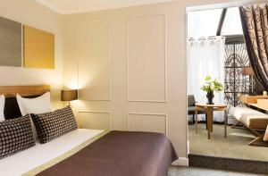 Deluxe Double Room with porch
