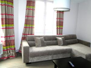 Le Six, Bed & Breakfast  Honfleur - big - 16