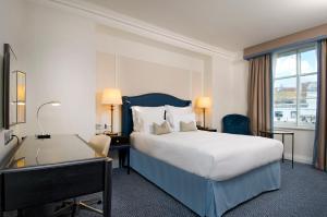 Hilton Superior Kamer met Queensize Bed