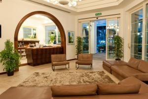 Hotel Belvedere, Отели  Морской Милан - big - 62